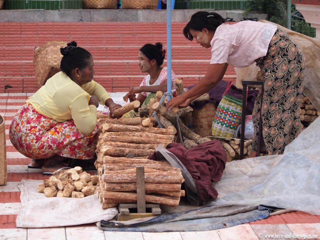 Wood, tanaka, in Mahamuni, Myanmar